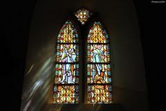 Nicorps : vitrail de l'église Saint-Corneille - Photo of Guéhébert