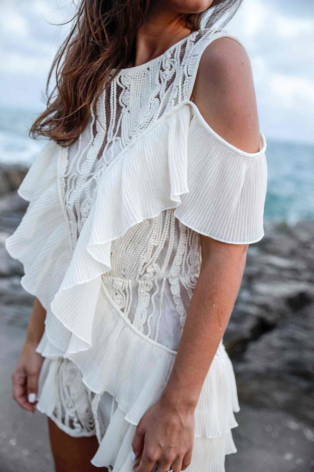 05_danity_paris_boho_sensual_outfit_jumpsuit_theguestgirl