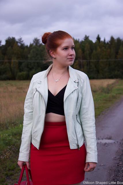 OOTD Ellos Bikertakki bikerjacket mint nahkarotsi nahkatakki River Island napapaita Esprit hame Tyyliblogi muoti fashion blogger styleblog finland