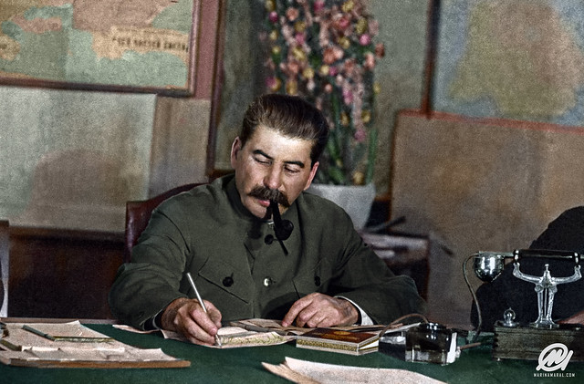 Stalin_in_March_1935
