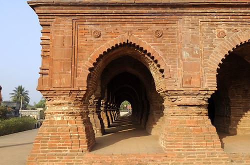 inde india bengale temple brique toitpyramidal raschmansha bishnupur religion hindou hindu cinéma hinduism hindouïsme
