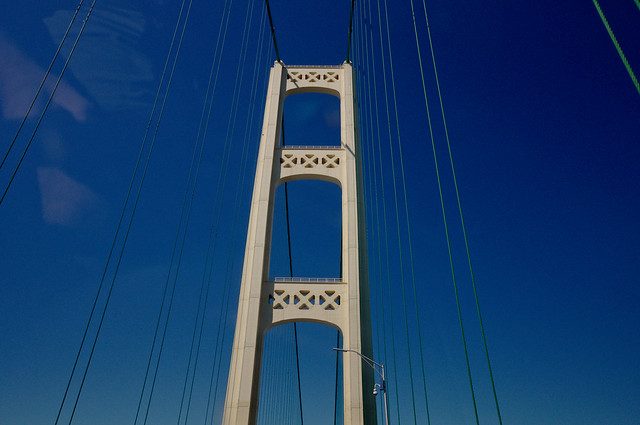 Mackinac Bridge going north