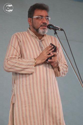 Poem by Sharan Noor from Sant Nirankari Colony, Delhi