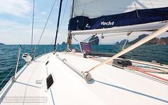 Yacht at the sea XOKA4178s