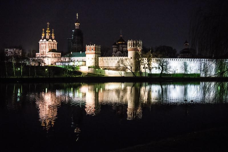 Novodevichy Convent night