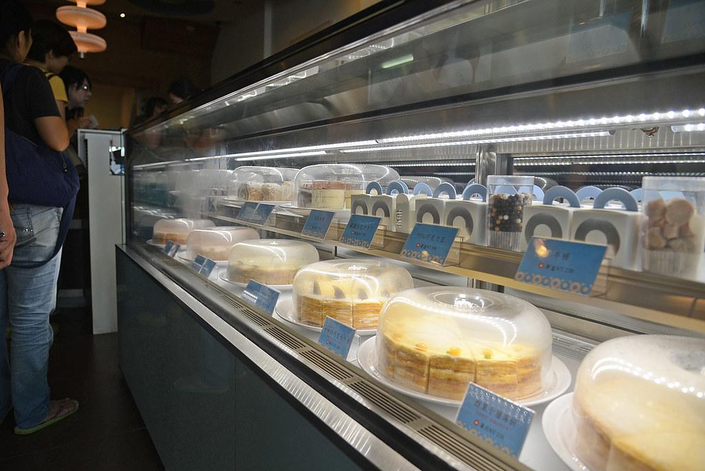 深藍咖啡館千層蛋糕