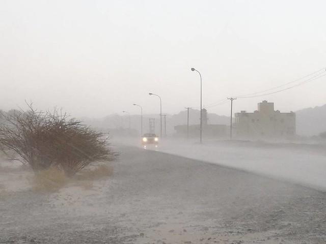 #شبكة_أجواء : #عمان : أمطار غزيرة في #زكيت ولاية #إزكي #فيصل_الرواحي #رابطة_أجواء_الخليج