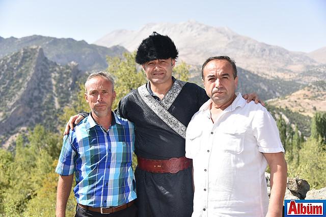 Alanya Belediye Başkanı Adem Murat Yücel Karaköy şenliklerinde Selçuklu kaftanı giydi -3