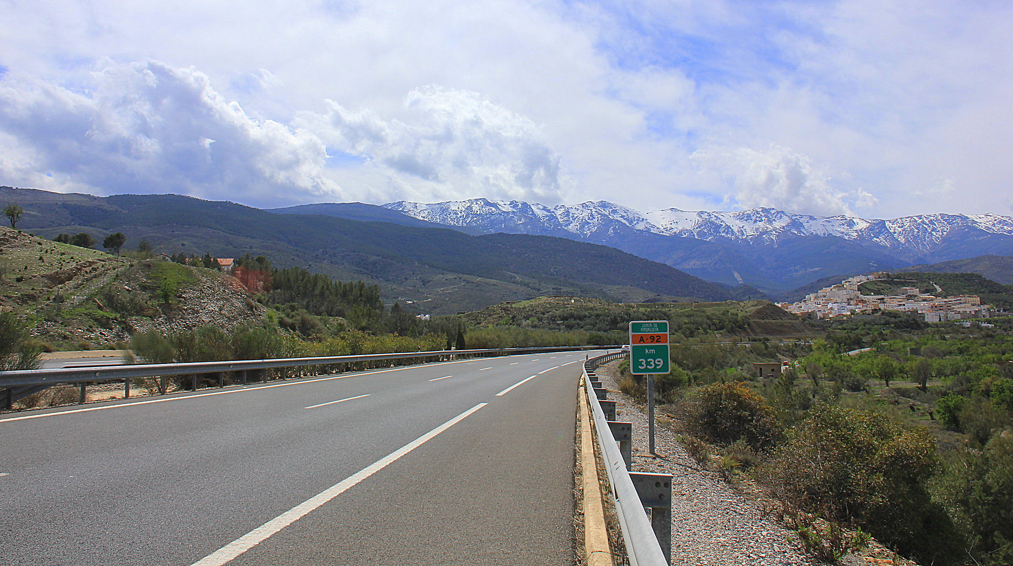 beautiful road trip to Granada from Almeria