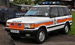 P572ERJ POLICE RANGE ROVER EAST KIRBY