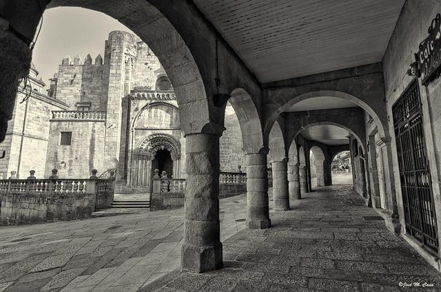 Catedral de Orense, fachada lateral