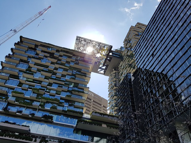 Sydney Modern Architecture Building 1x zoom - Samsung Galaxy Note 8 photo example (20)