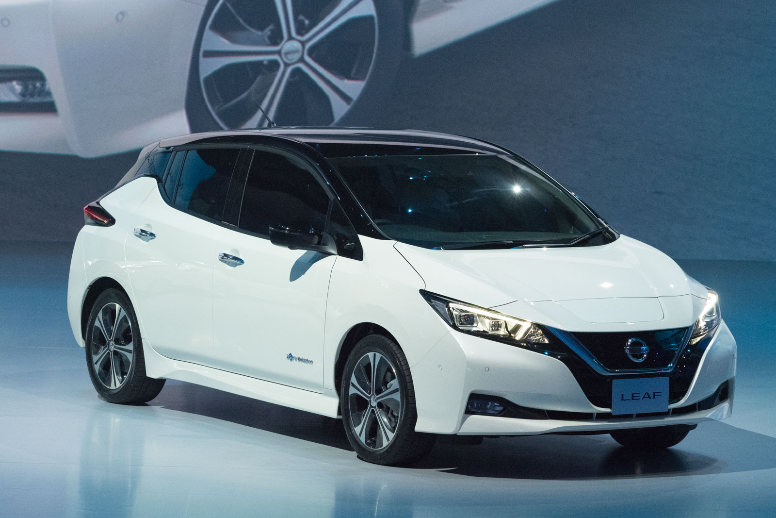 NEW_Nissan_LEAF-10