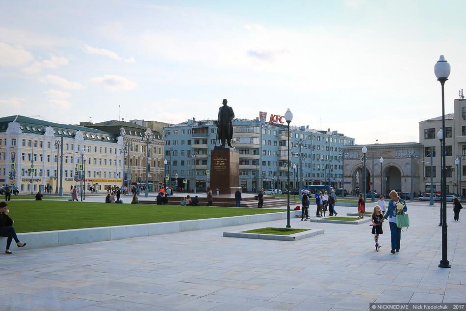 Площадь у Белорусского вокзала просто не узнать! IMG_4236
