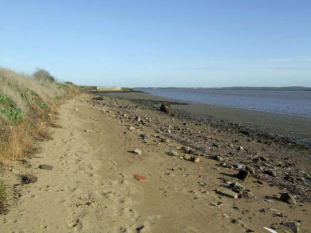 Beach beside the Thames at East Tilbury