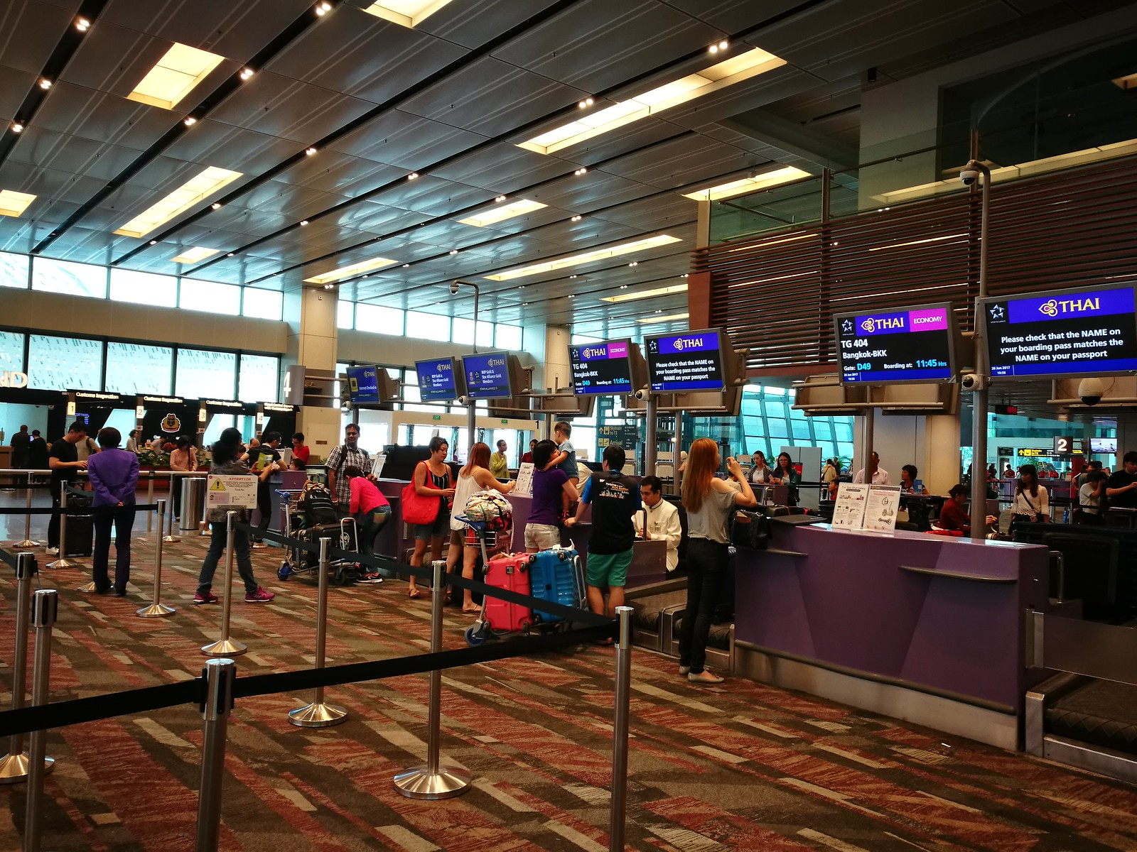 Check-in for Thai Airways