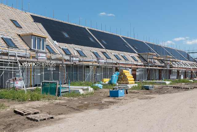 Zonnepanelen in nieuwbouw woonhuizen