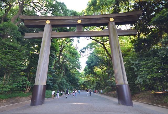 japan itinerary travel guide meiji shrine