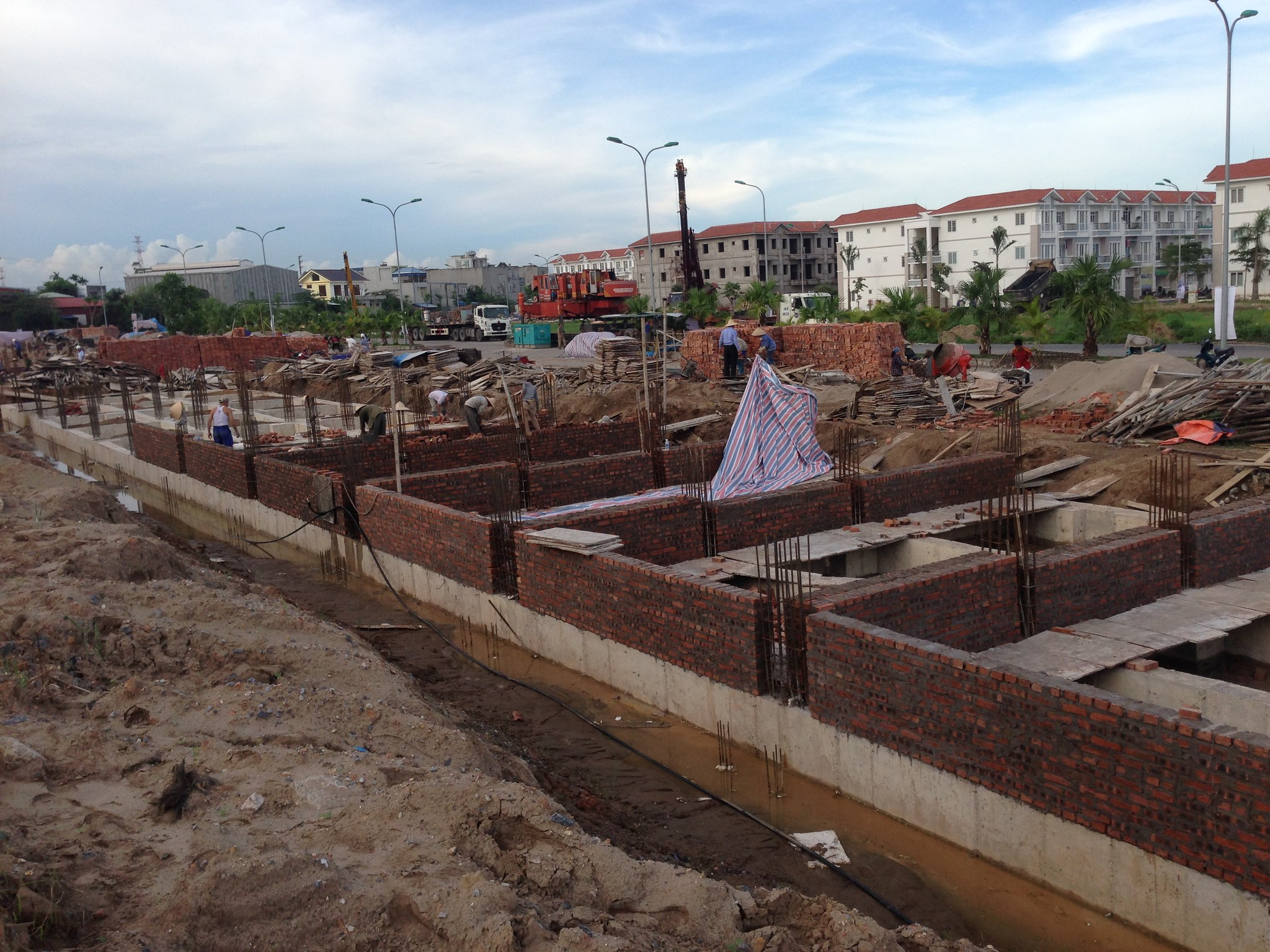 """Bán nhà An Đồng - khu chung cư Pruksa Town   <img src=""""images/"""" width="""""""" height="""""""" alt=""""Công ty Bất Động Sản Tanlong Land"""">"""