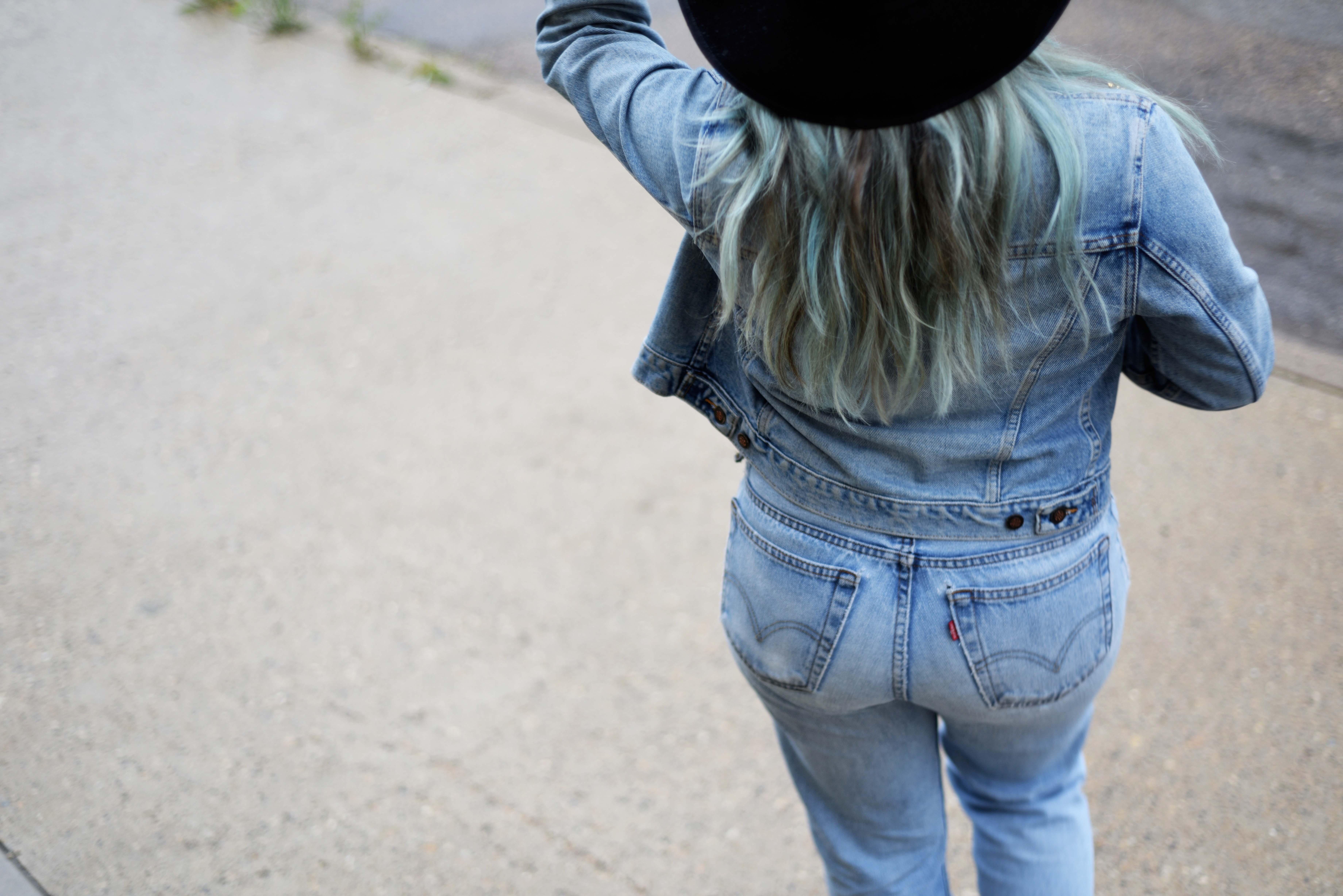 blue-hair-canadian-tuxedo-5