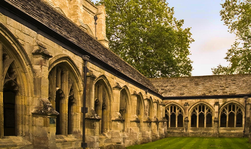 The 14th century cloisters of Winchester College Chapel. Credit Anguskirk, flickr
