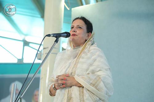 Sunita Arora from Gr. Kailash, Delhi, expresses his views