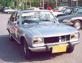 Peugeot_504_Paris_1977_R2