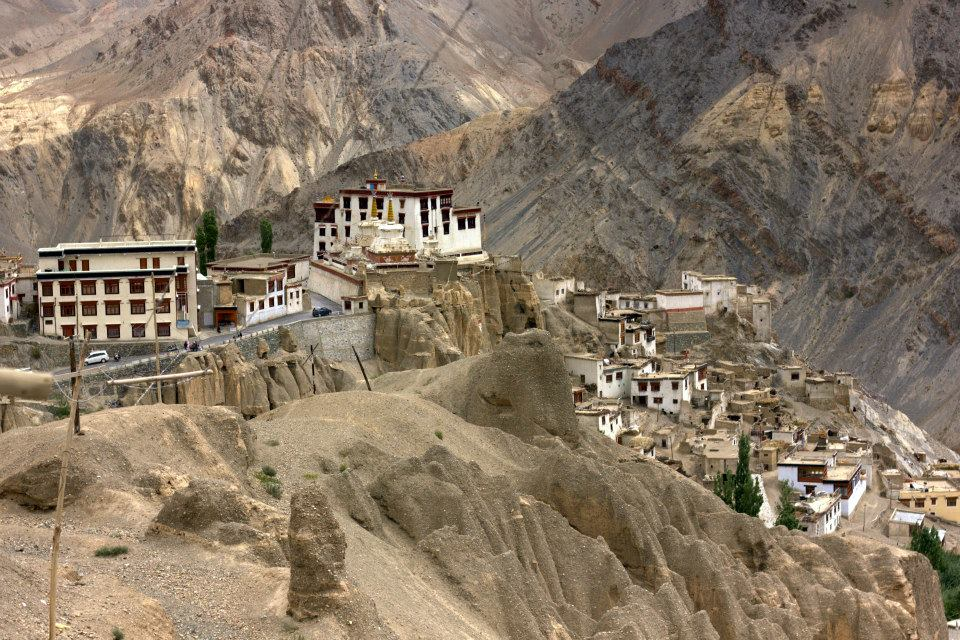Beautiful villages seen while reaching Ladakh by road