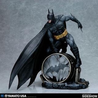 果然頭上的角長一點比較讚?! Yamato USA – DC Comics 系列【蝙蝠俠】Batman 1/6 比例PVC 模型作品