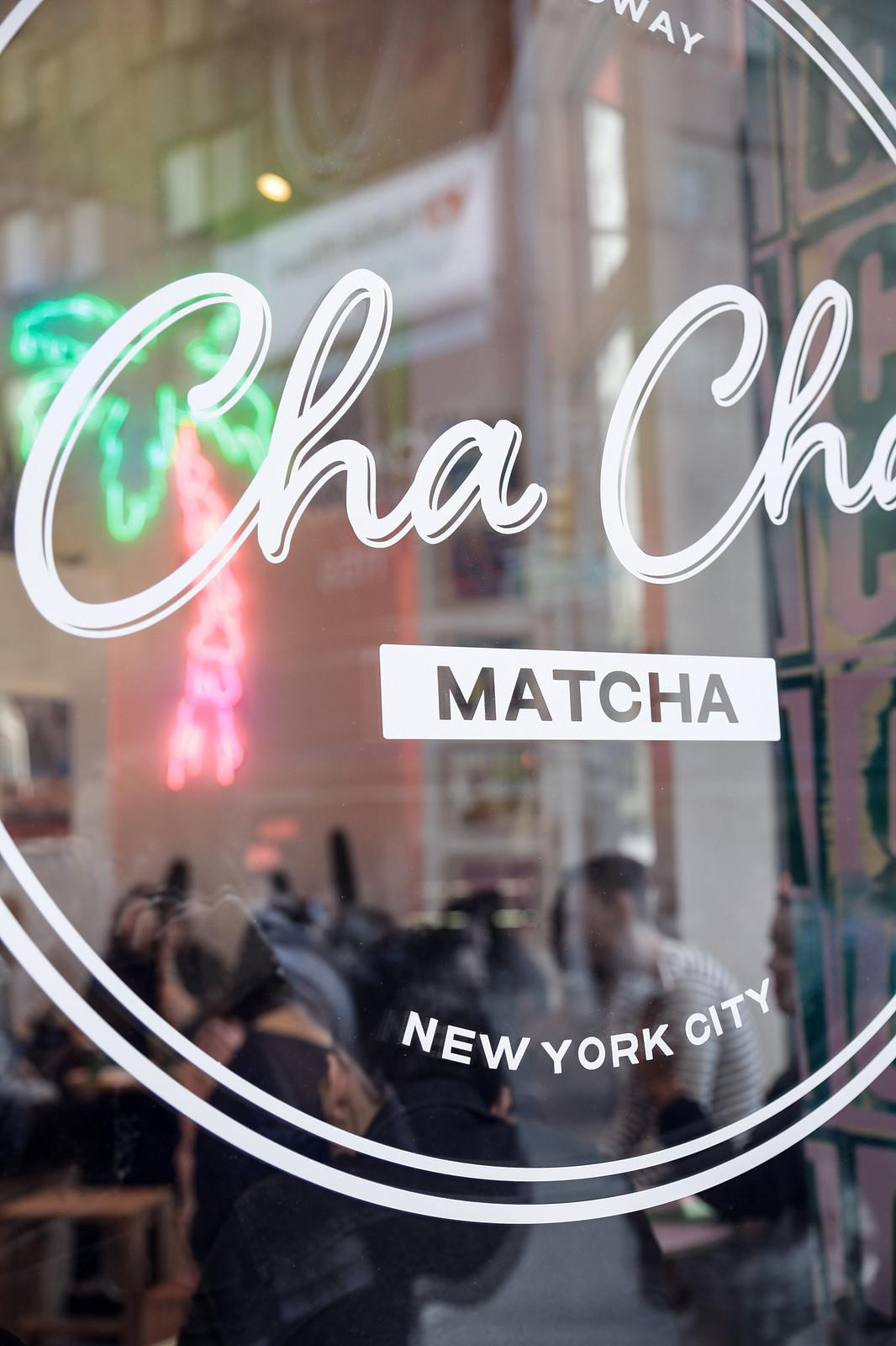 013_cha_cha_matcha_cafeteria_rosa_nueva_york_el_mejor_matcha_unicorn_croissant_breakfast_theguestgirl_nyc