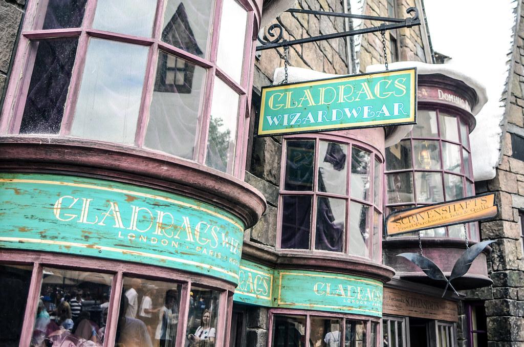Hogsmeade wizardwear IoA