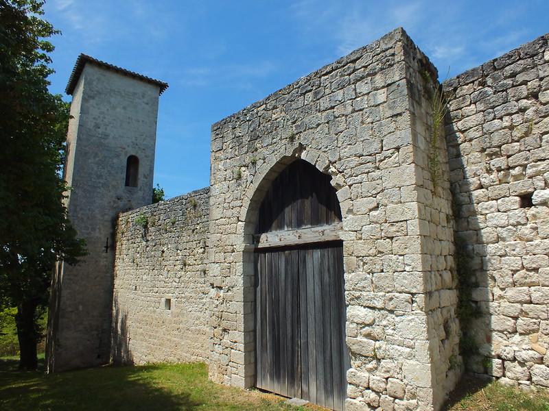 Sainte-Croix. Château de Lastours