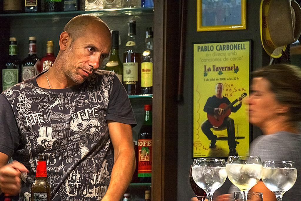Bartender in Taverneta--Ripoll