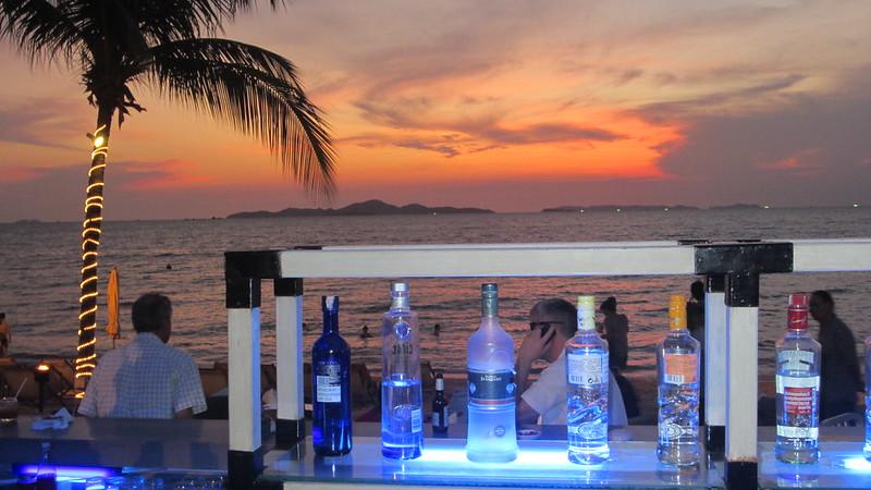 Beach Club Pattaya Bay