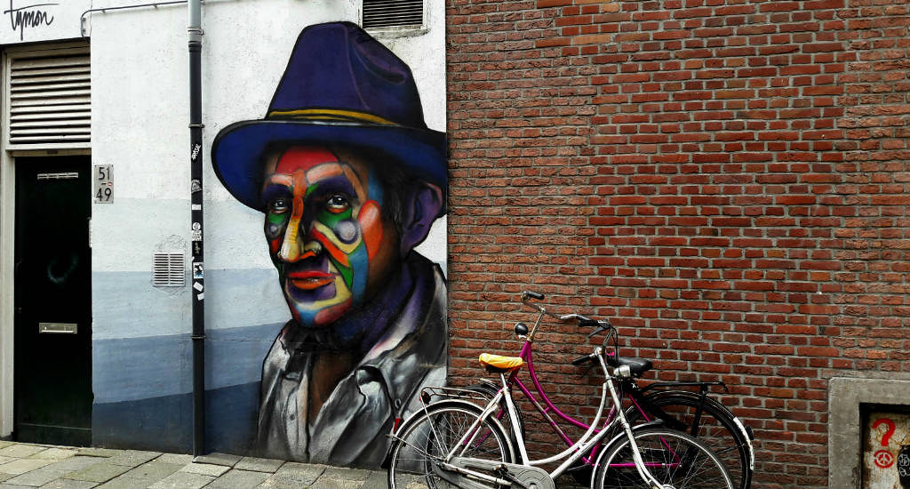 Street art tour in Rotterdam, The Netherlands: MeLikePainting | Your Dutch Guide
