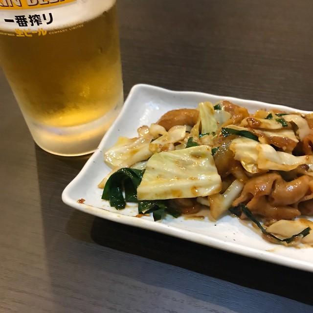 Photo:まずは前菜代わりに、ホルモン鉄板焼き。 By cyberwonk