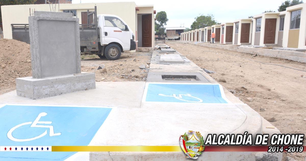 Listas las 16 viviendas en reasentamiento del Club de Leones del Ecuador