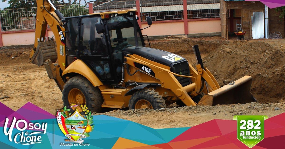 Alcaldía de Chone construye galpón en Dirección de Tránsito Municipal