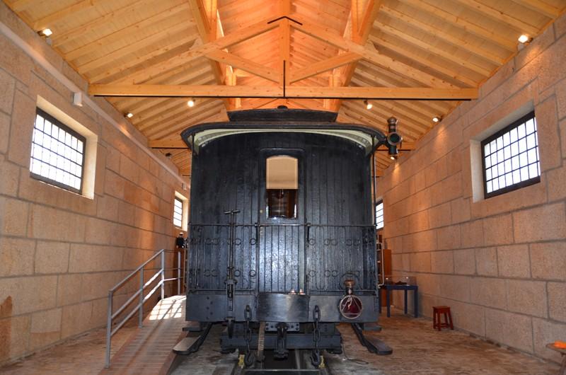 Obras na cobertura de cocheira no Núcleo Ferroviário do Arco de Baúlhe concluídas (1)