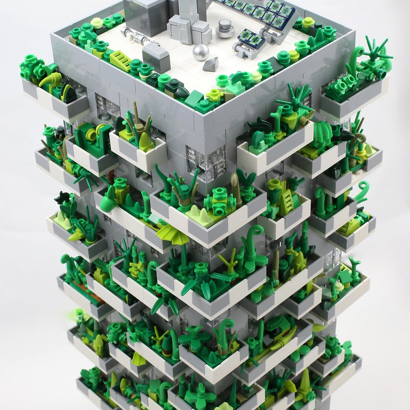 LEGO Bosco Verticale - closer look