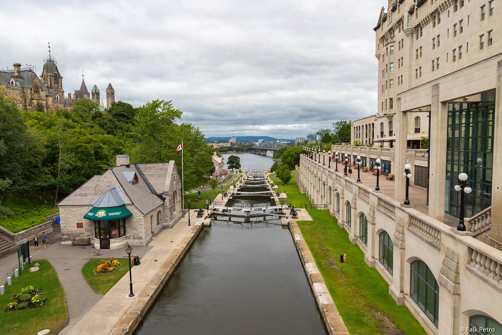 Hotels Near Laurier University