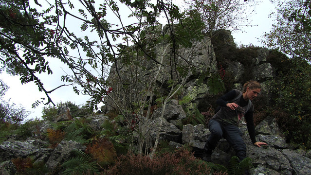 Kerry descending Ausewell Rocks - west outcrop