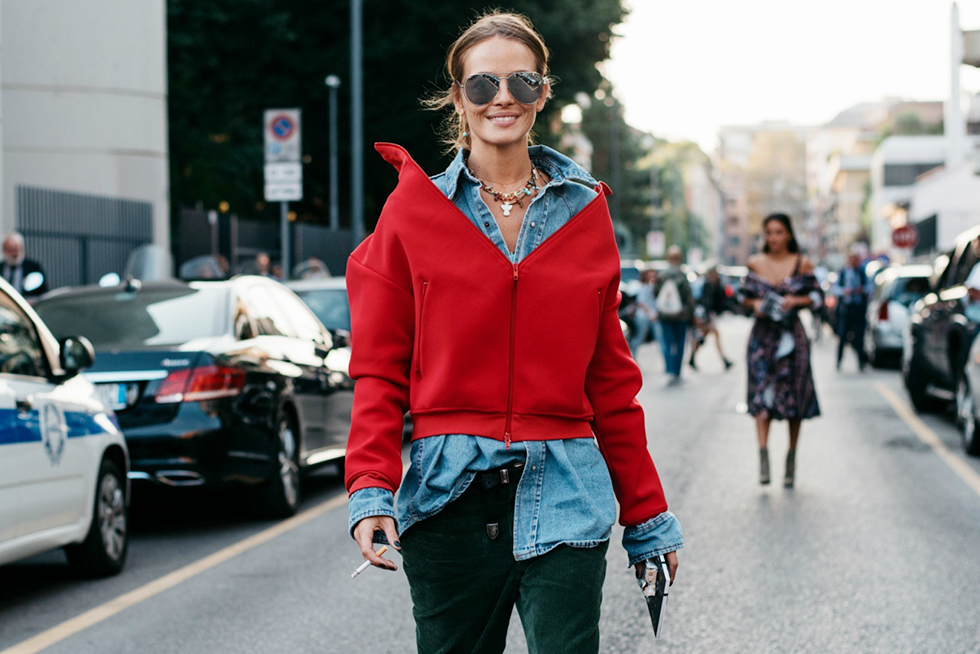 how-to-wear-the-red-trend-street-style-outfit