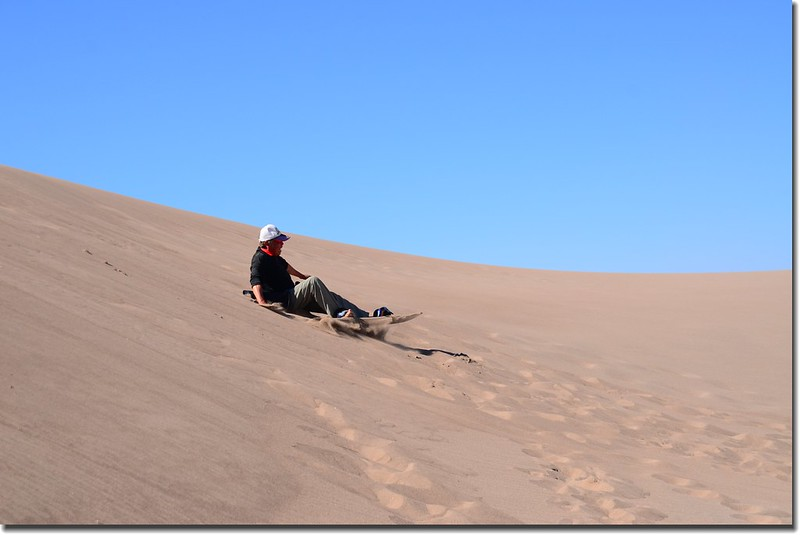 Sledding at Great Sand Dunes  (28)