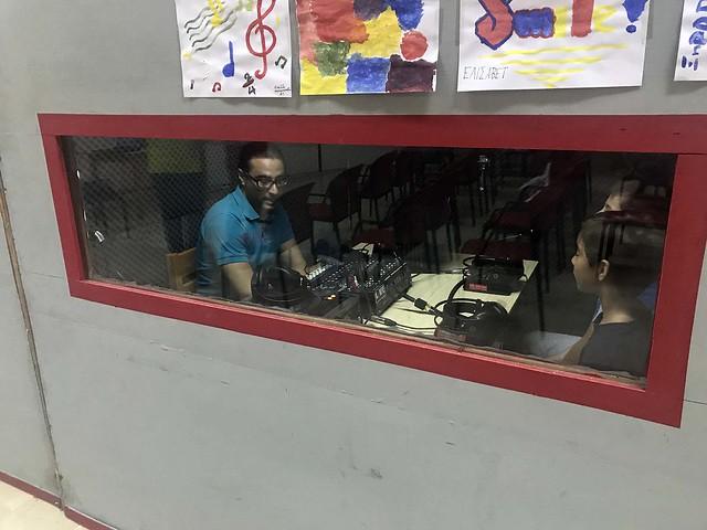 Παίζουμε Ραδιόφωνο! - Let's Play Radio!