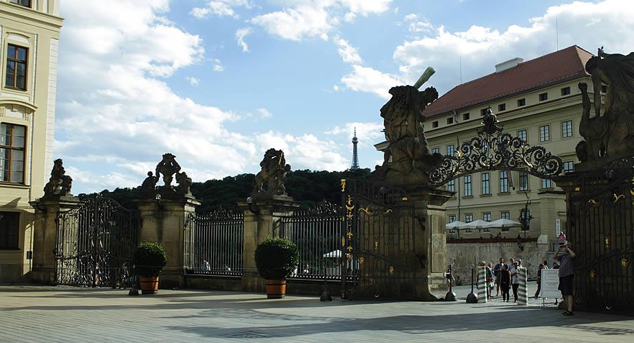 Fietsen in Praag: de Praagse Burcht | Mooistestedentrips.nl