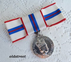 Canada Queen Elizabeth II 1977 Silver Jubilee Medal with Ribbon