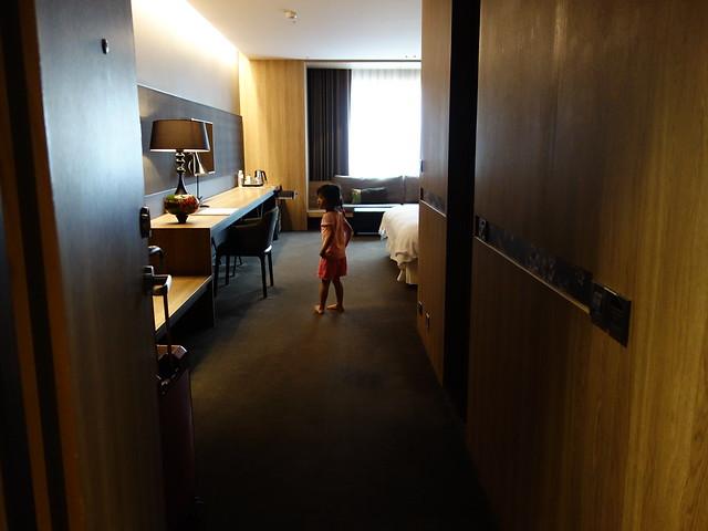 超大的房間啊~@高雄Hotel dùa住飯店