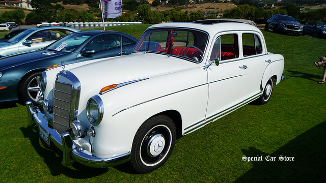 1958 Mercedes-Benz 220S at Legends of the Autobaun 2017