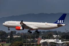 Scandinavian Airlines A330-300 LN-RKR_AH3V4018